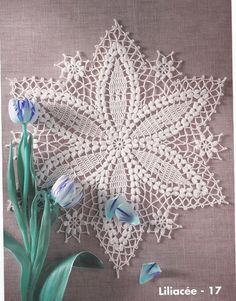 This pretty doily has a free pattern and graph