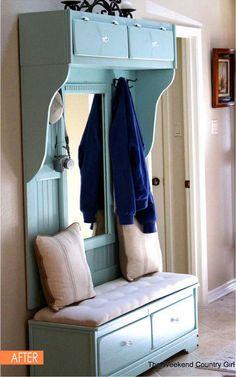 Une idée de recyclage vraiment sympathique pour réaliser un meuble d'entrée pratique, fonctionnel et esthétique à partir d'une commode récupérée. C'est le