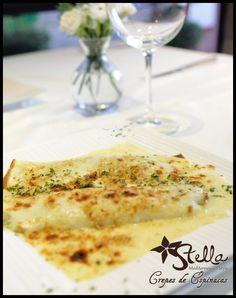 Elige entre una de nuestras combinaciones de #Crepes: Pollo y Hongos, Camarones y Espinacas...