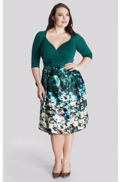 With #Igigi #PlusSize never looked so good! Perfect green  dress now and into the Fall. Loaded with style and a tad sexy! #NycFitnessFamilyFinds