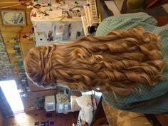 Easy hairstyle :)