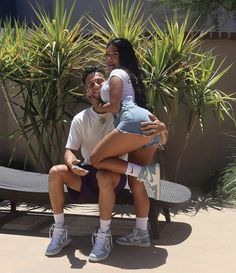 Couple Goals Relationships, Relationship Goals Pictures, Couple Relationship, Black Couples Goals, Cute Couples Goals, Foto Mirror, Matching Couple Outfits, Cute Photography, Bae Goals