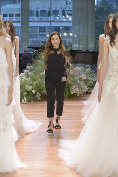 Monique Lhuillier - Fall 2017 Bridal
