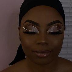Prom Eye Makeup, Dope Makeup, Glam Makeup Look, Glamour Makeup, Pretty Makeup, Makeup Inspo, Makeup For Black Skin, White Makeup, Black Girl Makeup