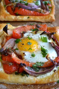 Red Pepper and Baked Egg Galettes--Galette is a term used in French cuisine to designate various types of flat, round or freeform crusty cakes, similar in concept to a Chinese bing.