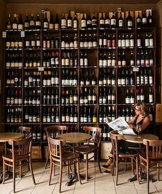 A guide to the must-visit wine bars of Italy A bottle of Brunello tastes better in the Tuscan countryside, just as a glass of prosecco is best enjoyed by a Venetian canal. Insiders from the wine industry divulge their favourite places to drink in Italy. Wine Bar Design, Cafe Design, Design Design, Wine Bar Restaurant, Restaurant Design, Restaurant Interiors, Italian Bar, Italian Wine, Wine Shop Interior