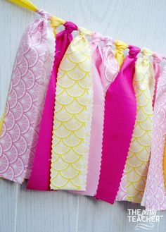 This pink lemonade bunting brings the excitement of a Saturday morning lemonade stand to your party. Coordinates with any lemonade party printables or other decorations. My garlands are very full and