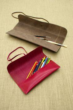 http://www.puntera.com/Productos/Bellas-artes/Plumier-Gr.-con-cinta