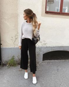 pin: gracefletchh - Sommer - - Kleidung Mode ♥ - Best Of Women Outfits Mode Outfits, Stylish Outfits, Fashion Outfits, Womens Fashion, Fashion Hacks, Diy Outfits, Stylish Clothes, Petite Fashion, Jean Outfits