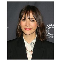 Wavy Lob With Wispy Bangs. A shoulder-length chop with piecey, wispy bangs and shiny waves. Click through for 30 short haircut ideas for fine hair. #shorthaircuts #hairideas #hairstyles #thinhair IG: @rashidajones Thin Hair Short Haircuts, Short Hair Cuts, Short Hair Styles, Tousled Bob, Wavy Lob, Heavy Bangs, Wispy Bangs, Grown Out Pixie, Retro Curls
