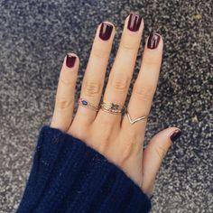 """Rainy mornings wearing my @margovajewellery rings☔️"""