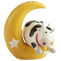 Cow Jumped Over the Moon Salt & Pepper Shakers [Pier 1 Imports] Quirky Kitchen, Kitchen Things, Salt N Pepa, Teapot Cookies, Salt And Pepper Set, Over The Moon, Salt Pepper Shakers, Cookie Jars, Tea Pots