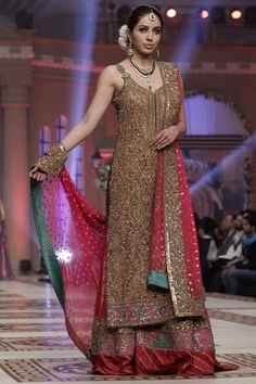 Umar Sayeed Telenor Bridal Couture Week 2014 Collection: