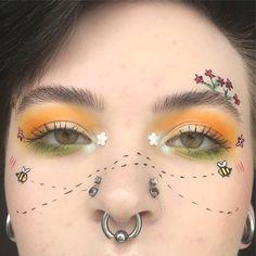 Eye Makeup Tips – How To Apply Eyeliner Makeup Fx, Makeup Goals, Makeup Inspo, Makeup Inspiration, Beauty Makeup, Hair Makeup, Makeup Tips, Creative Makeup Looks, Unique Makeup