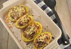 gevulde aardappel - http://www.lekkerensimpel.com/2013/01/07/gevulde-aardappels-met-gehakt-en-roomkaas/#