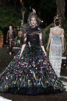 Dolce & Gabbana Fall/Winter 2015-2016 Fashion Show--Like the fairy queen of birds...