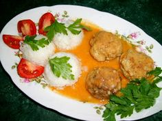 W Mojej Kuchni Lubię..: kulki ryżowe i kotleciki mielone w sosie na obiad....