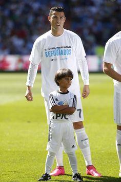Cristiano Ronaldo Real Madrid #CR7 and the Sirian refugee boy