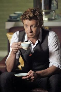 Simon Baker as Patrick Jane in The Mentalist. I am in love with Simon Baker! That Australian accent probably doesn't hurt anything. Patrick Jane, Simon Baker, The Mentalist, Cs Go Wallpapers, Mejores Series Tv, Love Simon, Favorite Tv Shows, The Best, Actor