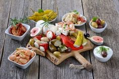 A #mediterranean inspired diet can help you #eathealthier and more #nutritiousfood!