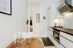 innerstadsspecialisten, http://trendesso.blogspot.sk/2014/01/romantic-white-scandinavian-apartment.html