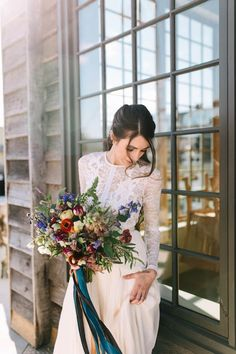 Wild autumn wedding bouquet | Emily Delamater Photography and Leah Fisher Photography