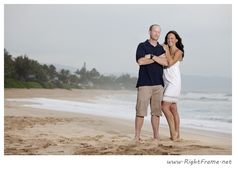 www.rightframe.net – Hawaii family portrait photography on Pipeline Beach, North Shore, (close to Sunset Beach ) Hawaii. honolulu, family, photography, beach, portrait, portraits, ideas, idea, waikiki, honolulu, hawaii, hawaiian , couple, families, photo, pictures, photos, pose, holiday, vacation, poses, posing, session, kids, kid, sunset.