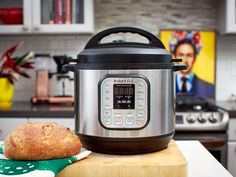 From quick breads to proofing your yeasty dough, the Instant Pot is a versatile baking tool. Instant Pot Pressure Cooker, Pressure Cooker Recipes, Pressure Cooking, Slow Cooking, Amazon Instant Pot, Canning Sweet Potatoes, Quick Bread Recipes, Paleo Recipes, Easy Recipes