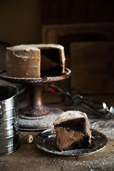 http://chasingdelicious.com/chocolate-brownie-mousse-cake/#more-6156