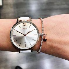 Sieraden & dameshorloges inspiratie kan je vinden op www.aperfectgift.nl. Wat is jouw favoriet? 😍 . . .  #loisir #horloges #dameshorloges #horloge #cadeau #cadeautje #cadeaus #cadeautip #inspiratie #cadeauvoorhaar #merk #sieraad #sieraden #sieradenwebshop #sieradenwebwinkel #rosegoud #inspo #armcandy #armparty  #trendy #jewellery #jewelry #jewelrydesign #jewelleryaddict #design #brand #branding #jewellerydesign Branding, Watches, Blog, Accessories, Design, Fashion, Hobbies, Moda, Brand Management