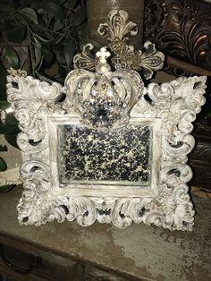 Tuscan design – Mediterranean Home Decor Fancy Photo Frames, Shabby Chic Picture Frames, Mirrored Picture Frames, Casa Magnolia, World Decor, Tuscan Design, Mediterranean Home Decor, Tuscan Decorating, Diy Schmuck