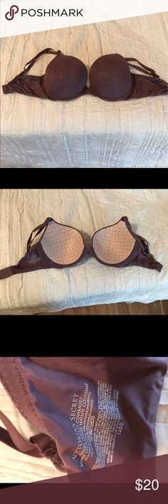 ✨Perfect Coverage push-up bra✨ I've worn for a while, but it's as if I just took the tags off! In GREAT condition! Victoria's Secret Intimates & Sleepwear Bras