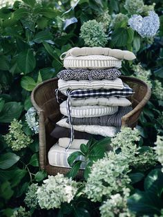 Style and Create — I get lovely summer vibes from the new image photos for Swedish Åhléns Evergreen Vines, Gravity Home, Garden Deco, Home Comforts, Interior Stylist, Covent Garden, Better Homes And Gardens, Chair Cushions, Pillows
