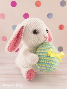 Make Easter a little more magical with this cute lop-eared amigurumi bunny! Make it today with our free Easter Bunny Crochet Pattern! Easter Bunny Crochet Pattern, Giraffe Crochet, Amigurumi Patterns, Amigurumi Doll, Crochet Patterns, Crochet Ideas, Crochet Doll Tutorial, Crochet Dolls, Stitch Head