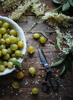 Jam maken met kruisbessen en vlierbloesem | Recipe for gooseberries jam with elderflower