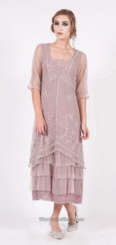 vintage style dress - OKAY.  ok'd by wedding chicks