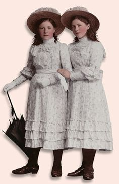 TWO GIRLS - PNG - TRANSPARENCY / OVERLAY FOR PERSONAL USE