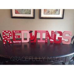 Detroit Redwings Decorative Letters. Soooo cute. I could deal with these on the mantel during the playoffs.