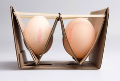 Egg Box, Eva Valicsek, redesigned egg box,replacement for the current egg carton as part of her course studying package design at the University of West Hungary