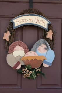Twiddle Thumbs: Nativity Wreath