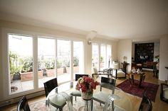 Vente Appartement à Paris 8ème : appartement 2 pièces de 80 m² avec chambre à 1350000 euros - www.marcfoujols.com
