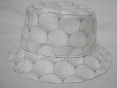 生地:コットン(ゴルフボール柄)サイズ:フリー(約59cm、ブリム幅:約5cm) ハンドメイド、手作り、手仕事品の通販・販売・購入ならCreema。