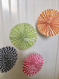 SimpleJoys: Accordion Fold Paper Decor