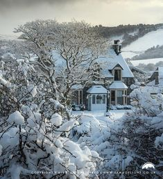 Drumnadrochit winter post card perfect, Scotland