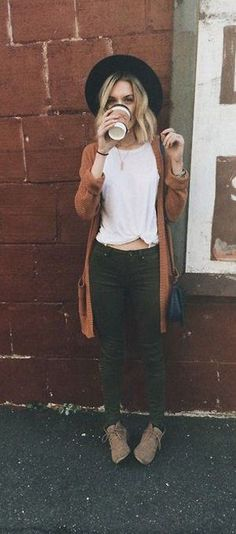 Fall Style // Cute hipster autumn outfit.