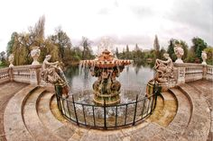 Hyde Park - London - The US needs more beautiful fountains.