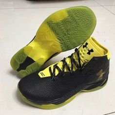 curry 2.5 low yellow