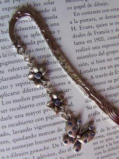 Punto de libro mariposa azul