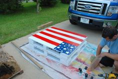 DIY Pallet Projects - Pallet Flag Table | Pallets Designs