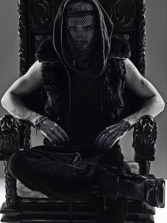 Ŧoкio нoŦεℓ αℓiεηs sραiη: [NEW PICS] Tokio Hotel - Kings of Suburbia Photoshoot/Official Book 2014 [Limited Super Deluxe]